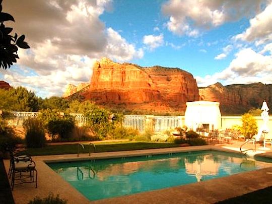 Salt Water Pool With Stunning Red Rock Sedona Views Canyon Inn Villas