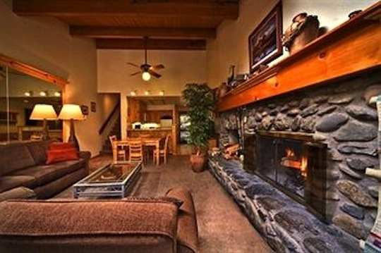 az cliffside rental canyon sedona in under the cabins cliffs cabin hot sit towering tub getaway